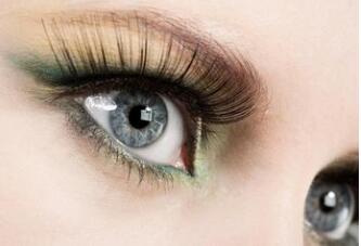 睫毛种植会对眼部出现影响吗?