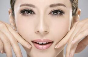 面部吸脂会影响肌肤问题吗?