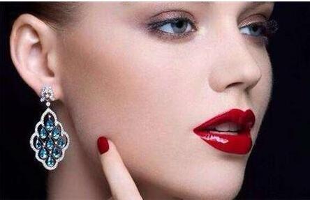 注射玻尿酸丰唇效果是否自然?