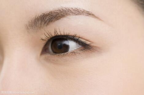 眉毛稀疏的原因是什么?要怎么让眉毛变得好看