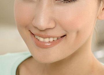 人造酒窝术后多久能正常洗脸