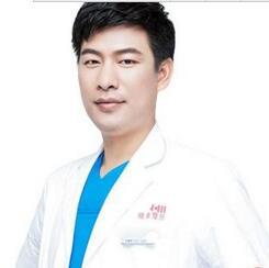 湘潭雅美医疗美容医院谭峰做的曼托假体隆胸 自然美胸恢复快