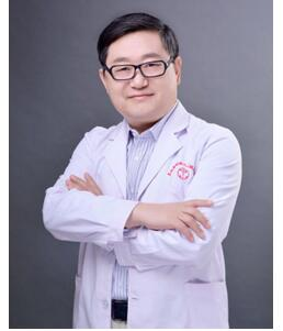 西安皇城隆鼻热门医生攻略