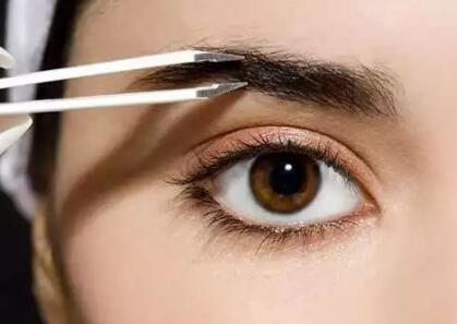 眉毛種植術可以滿足求美者的這些愿望