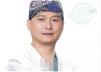 广州侯振杰牙齿美容医生在业内的口碑非常好
