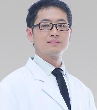 长沙素妍整形薛提朋医生是新一代鼻部整形的领军人
