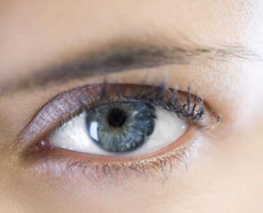 眉毛種植幫你解決眉毛短小問題