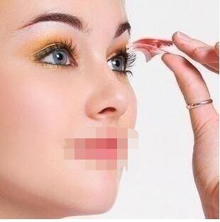 今日头条:埋线双眼皮手术全过程