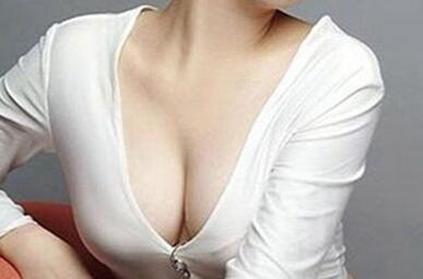 今日热搜:假体隆胸不会留疤