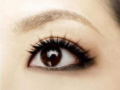 今日頭條:激光祛黑眼圈一次價格因素