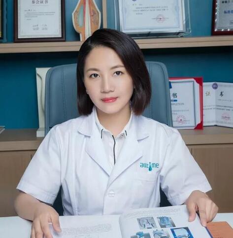福州潘洁主任皮肤美容界资深专家 精湛技术十余载
