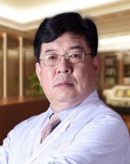"""胸部专家――福州台江整形钟波医生的""""玉兔动感隆胸""""技术展示"""