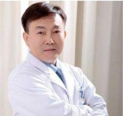 重庆星范丽格整形赵小忠医生在整形行业中经验丰富且造诣高