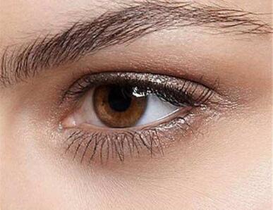 双眼皮手术并不是创伤越小的手术就越好