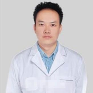 """""""人体雕塑医生""""――肖开宇医生"""