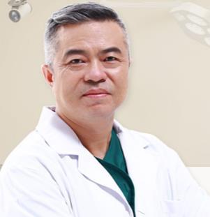 """美容与整形荣誉""""白天鹅""""奖--王世虎医生"""