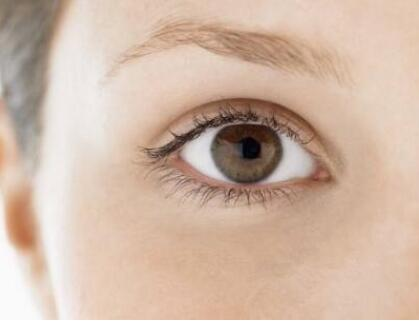 如何做浓眉大眼女神――开眼角手术告诉你答案