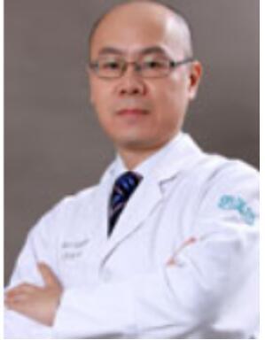2020年哈尔滨自体脂肪隆胸排行榜高医生--熊斌