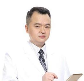 南宁美丽焦点黎石峰医生做内窥镜丰胸技术如何?