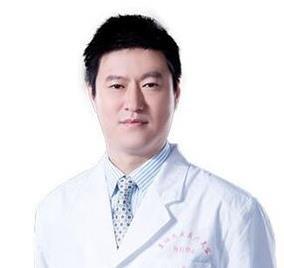 南宁美丽焦点焦俊光医生做隆鼻技术如何?