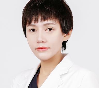 重庆星宸车卓如医生注射玻尿酸除皱怎么样?