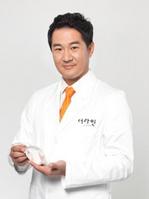 武汉乐美医疗美容门诊部整形医生 郑裕锡