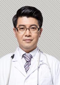 武汉韩辰医学美容医院整形医生 李相奇