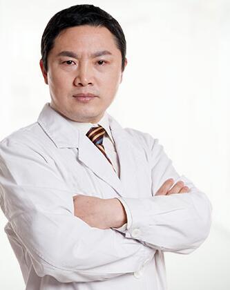广州倍生医疗美容门诊部整形医生 杨晓