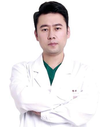 整形专家王旭东相片