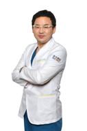 西安医学院第二附属医院医学美容中心整形医生 申汶锡