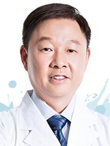成都爱尔眼科医院整形医生 樊映川