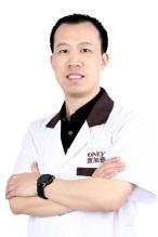 整形专家杨永利
