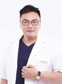 整形医生王雪迪