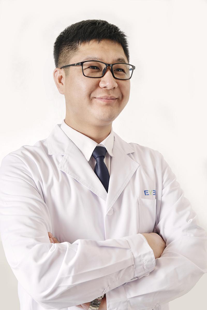 整形医生朱德坤