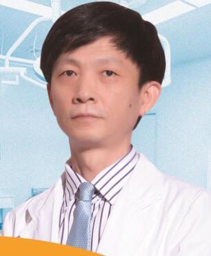 整形专家崔昌墉相片