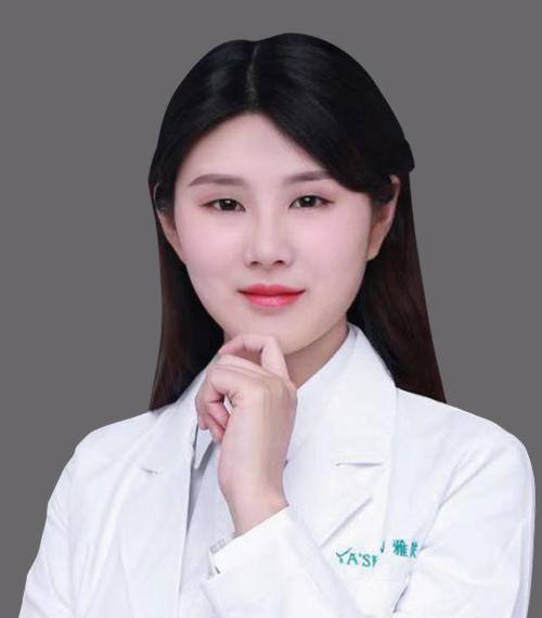 整形医生郑博岚