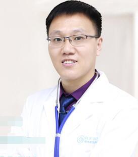 整形医生赵双庆