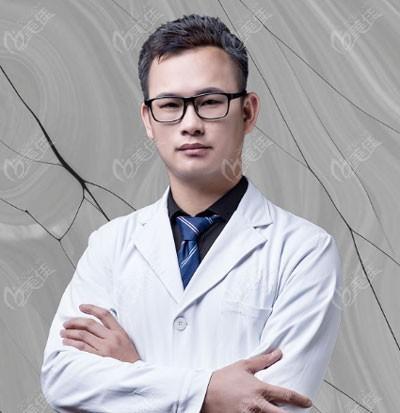 整形医生江腾