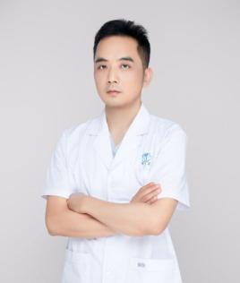 整形医生伍湘涛