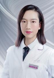 整形医生刘莹