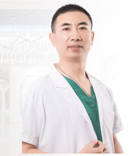 整形医生刘亚辉