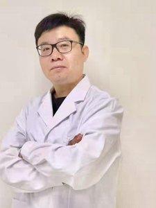整形医生邓利民