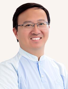 整形医生吴煜农