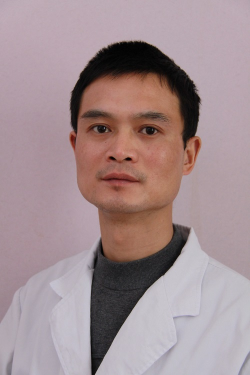 湘潭市中心医院医学整形美容科整形医生 李志刚