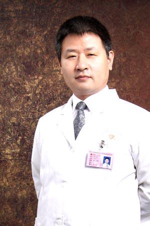 西安女子医院医学美容科整形医生 肖志华