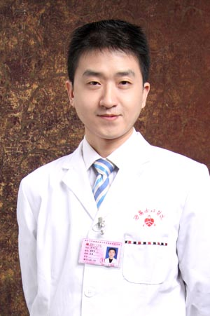 西安女子医院医学美容科整形医生 杨建征