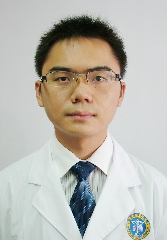 南充中心医院整形美容外科整形医生 杜磊