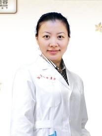 广州华美医疗美容医院整形医生 易阳亮