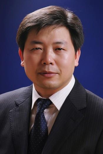 武汉华中科技大学同济医学院医院整形美容医院整形医生 邓裴