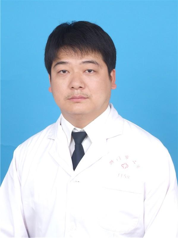 荆门市第二人民医院医学整形美容中心整形医生 尹卫东